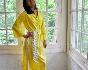 Bright Yellow Vested Gentress Cotton Dress/Vintage 1970s/Preppy Tent Dress/Size Small Medium
