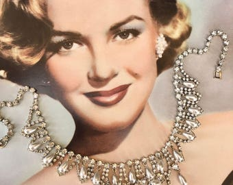 Gorgeous Vintage 1950's Rhinestone and Faux Pearl Necklace