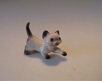 Vintage Hagen Renaker miniature prowling Siamese kitten
