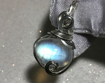 Rainbow Moonstone Pendant Sterling Silver w- necklace Wrapped Jewelry 1914s5