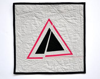 Geometric Wall Decor, Minimal Mini Quilt, Quilted Wall Hanging, Minimal Wall Hanging, Minimal Art, Geometric Quilt