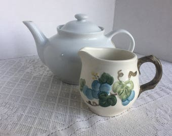Metlox Poppytrail Sculpted Grape Creamer / Vintage California Pottery