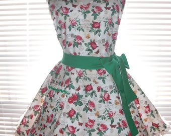 Retro Apron, Housewife Apron, Vintage Inspired Paris Theme Red Roses on Ivory Flirty Skirt Trimmed with Ruffled Ribbon