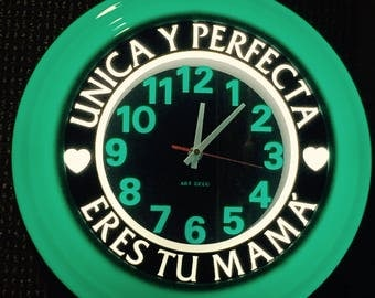 "Mother's  Days with SPANISH MESSAGE Wall clock 14""D"