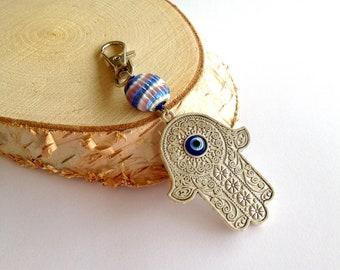 Maroccan keychain. Hamsa hand keychain. Fatima keychain. Swarovski keychain. Linnepin010