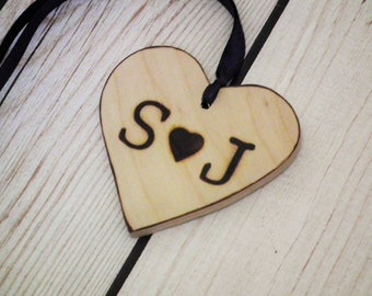 Personalized wooden heart tags with your initials, 4 wooden gift tags, wedding favor tags, personalized gift tags