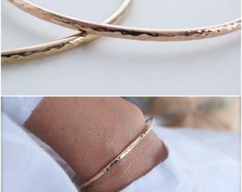 14K  cuff bracelet hammered - classic cuff - wire 14K gold-filled cuff bracelet - 10 gauge cuff bracelet