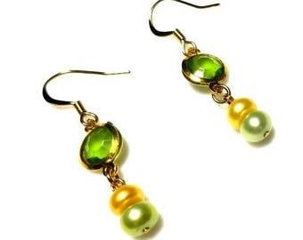 yellow green freshwater pearl gold earrings with green crystal bezel hypoallergenic earrings nickel free earrings dangle drop beaded jewelry