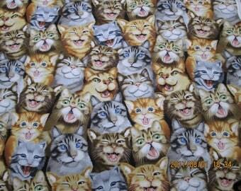 BEAUTIFUL Multi Design  I Love My Cat SELFIES    pattern Half Yard - 100% Cotton By Timeless Trasures