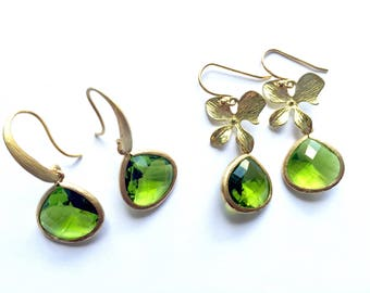 Apple green glass earrings - green faceted glass earrings, green and gold earrings, dressy green earrings, glass sparkle