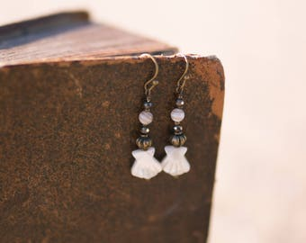 Nacre and pyrite Earrings