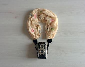 Scarf camera strap Beige camera strap Camera strap scarf Camera scarf strap DSRL camera strap Photographer accessories Camera accessories