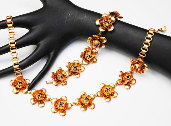 Brass Flower Necklace and Bracelet set parure -gold  Brass Metal - Book chain link -Mid Century -