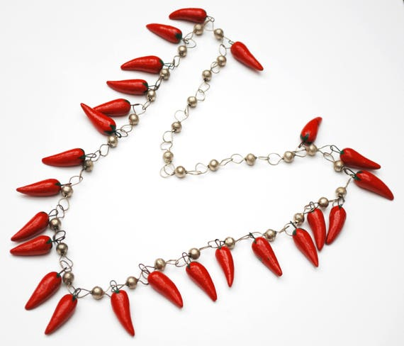 Chili Pepper bead necklace - silver bead - Mexico red hot peppers -
