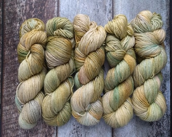DK weight hand dyed yarn, Moss, Superwash BFL 225m, 246 yards