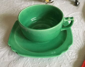 Vintage Art Deco Homer Laughlin Chartreuse Green Coffee Cup & Saucer Set