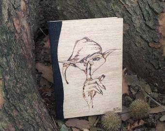 Quaderno Pixie Silence  - Fatto a mano - in Legno pirografato Libro Agenda Grimorio Taccuino notebook 9,5x13,5 cm