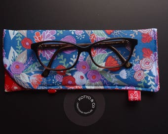 Glasses case quilted, blue, red, purple, flowers...