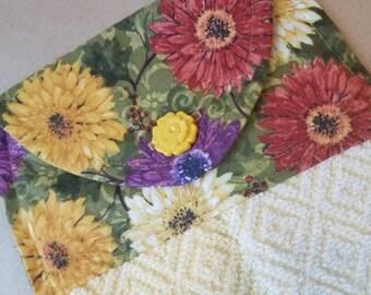 Floral Hanging Kitchen Towel, Dish Towel, Zinnias, Mums, Daisy Kitchen Towel, Floral Button Top Towel, Kitchen Linens, Spring, Summer Towel