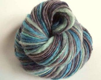 Blue thick handspun knitting yarn, handpainted chunky yarn, blue faced leicester fibre, blues and greys