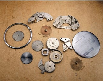 ON SALE Pocket Watch Parts - Small Clock Parts - c10