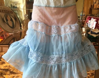 Starched tulle and nylon flounced petticoat vintage 50's burlesque