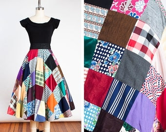 DARLING Vintage 1950s Handmade Patchwork Novelty Circle Skirt // One of a Kind // Couture Inspired // Pin Up // Quilt // Feed Sack //