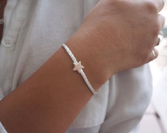Silver Star Bracelet Tiny Star Layered Bracelet Friendship Minimalist Everday Gold Filled or Sterling Silver Plated Jewelry.