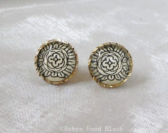 Antique Black and White Illustration Glass Cab Earrings in Goldtone Posts