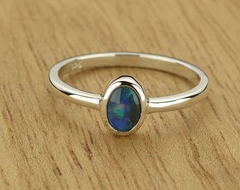 0.28ct Semi-Black Opal Ring in 925 Sterling Silver Size 7 SKU: 1979B017-925