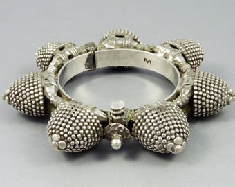 Old Rajasthan silver bracelet from India called naugari, ethnic bracelet, tribal bracelet, rajasthan old jewelry