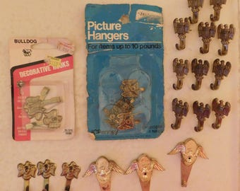 24 vintage American Eagle picture hangers hooks new