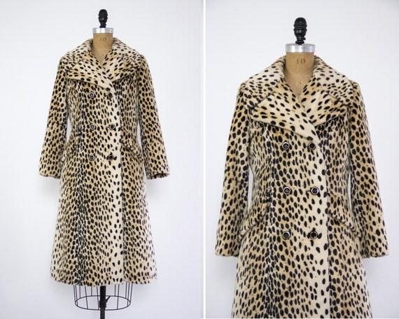 vintage 1960s leopard print coat | 60s fashionbilt leopard faux fur | vintage leopard coat small