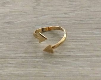 Twist Triangle Ring, Gold Ring, Stack Ring, Knuckle Ring, Thin Ring, Chevron Ring