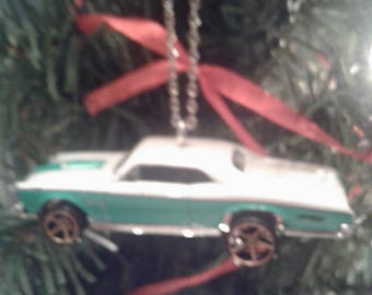Hot Wheels Christmas Ornament 1967 Pontiac GTO White and Green 1960's Muscle Car Classic Car Gift For Him Garage Tree Decoration