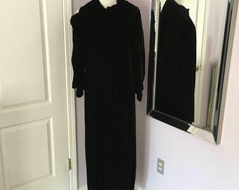 Vintage 1920s Black Silk Velvet Evening/Opera Coat -size medium