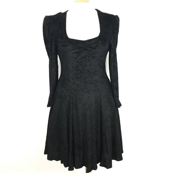 Vintage dress black crushed velvet goth elvira sexy macabre new romantic fot flare dress alt girl UK 14 morticia 80s does swing