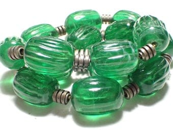 Art Deco French Flawed Emerald Ribbed Green Glass Bead Necklace Strung On Chain