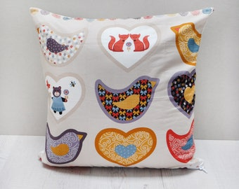 Animal pillow case with birds and foxes, 40x40 cm // gift for child // children's room decoration // bird pillow case //