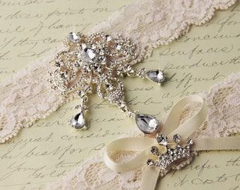 SUMMER SALE Ivory Lace Garter Set, Wedding Garter Set, Bridal garter Set, Rhinestone Garter, Ivory Garter