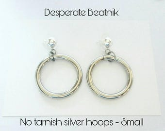 SMALL chunky vintage SILVER TONE  hoops earrings - 50s 60s ( posts or clipons )