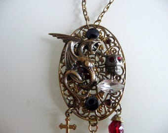Barock and roll the dragon necklace