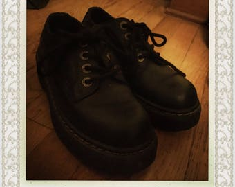 90s Oxford Boots