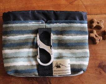 Dog Treat Bag with Carabiner, Puppy Treat Training Bag, Dog Walks Hikes, Pet Lover Gift, Bait Bag, Dog Walker, Dog Trainer, Hiking Dog