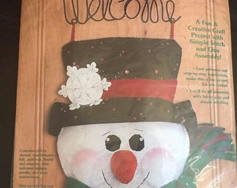 Felt Works by Dimensions Welcome Snowman Banner Kit Door Decor 21