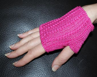 Fingerless gloves women, short, Egypt Fuchsia cotton