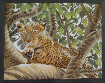 Serengeti Leopard platinum Needlecraft by Don Balke - 38002A