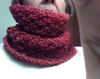 "Variegated Red Hand Knit Cowl, approx 20"" around, made from chunky yarn - FREE SHIPPING"