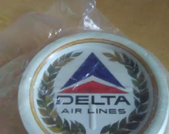 DELTA Airlines Vintage Metal Coasters Lot of 25 Never Used/Still Sealed