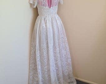 Lace wedding dress 8/10